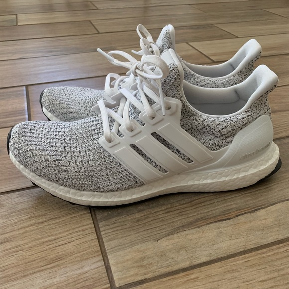 NWOT Men's Adidas Ultra Boost! </p>                     </div> 		  <!--bof Product URL --> 										<!--eof Product URL --> 					<!--bof Quantity Discounts table --> 											<!--eof Quantity Discounts table --> 				</div> 				                       			</dd> 						<dt class=
